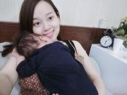 Làng sao - Ly Kute làm thơ xúc động tặng con trai gần 1 tháng tuổi