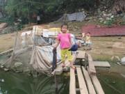 Những đứa trẻ ở nơi muỗi nhiều như rắc trấu