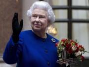 Thời trang từ thơ ấu tới lúc bạc đầu của nữ hoàng Anh