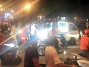 Tin tức - Gây tai nạn bỏ chạy, ô tô bị hàng chục xe máy truy đuổi