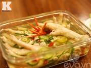 Bếp Eva - Chân gà ngâm chua ngọt, giòn sần sật hấp dẫn ngày hè
