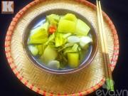 Bếp Eva - Cách muối dưa cải giòn ngon và không bị khú
