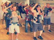Clip Eva - Tan chảy với điệu nhảy của các ông bố