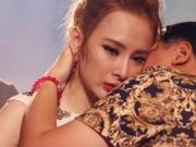 Clip Eva - Angela Phương Trinh khóc nức nở khi nói về mẹ
