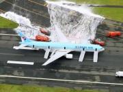 Tin tức - Máy bay Hàn Quốc chở hơn 300 người bốc cháy tại Tokyo