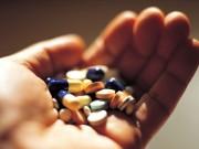 Tin tức - Chồng chém vợ rồi uống thuốc rầy tự tử