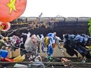 Nhiếp ảnh gia ngoại  & quot;chộp & quot; cảnh dây phơi quần áo chằng chịt ở Việt Nam