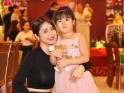 Vợ cũ Phan Thanh Bình khoe con gái 5 tuổi đáng yêu