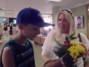Clip Eva - Video: Ngoài tiền, rất nhiều thứ xúc động cũng ở cây ATM
