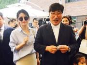 Làng sao - Lee Young Ae trẻ trung xinh đẹp bên ông xã phát tướng