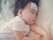 Làm mẹ - Mẹo dân gian hạ sốt cho trẻ nhanh không cần tới thuốc