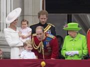 Nhắc khéo cháu trai, nữ hoàng Anh được dân yêu mến