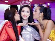 Thời trang - Hoa hậu Thu Vũ khiến MC khổ sở vì nói tiếng Anh quá tệ