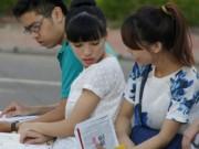 Tin tức - Bộ trưởng GD-ĐT: 'Thí sinh thi tốt nghiệp THPT đừng quá lo lắng'