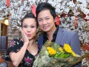 Việt Hương tất bật đến mừng ca sĩ Duy Trường