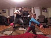 Clip Eva - Điệu nhảy cực dễ thương của bố và con trai