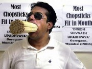 Clip Eva - Người đàn ông có miệng rộng nhất thế giới