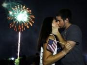 Tin tức - Ảnh: Dân Mỹ nô nức đón Quốc khánh bằng pháo hoa, xúc xích
