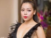 """Làng sao - Hà Linh: """"Tôi nghĩ bộ trang phục không có gì hở hang"""""""