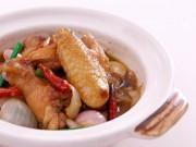 Bếp Eva - Đơn giản với cách làm gà om cay