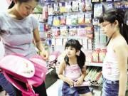 Tin tức - Trẻ dễ ngộ độc vì sách, vở, đồ dùng có mùi thơm