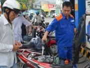 Mua sắm - Giá cả - Giá xăng dầu khó giảm mạnh