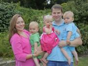Bà bầu - Mẹ dám cãi lời bác sĩ để quyết tâm sinh ba
