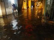 Tin tức - Hà Nội ngập sâu sau trận mưa lớn