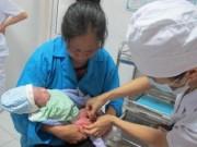 Tăng cường tiêm vắc xin viêm gan B cho trẻ sơ sinh trên toàn quốc