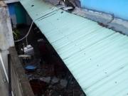 Tin tức - TPHCM: Bồn nước 1.500 lít rơi, đè chết bé gái đang ngủ