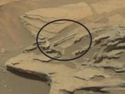 """Ngày mới - NASA phát hiện """"chiếc thìa bay lơ lửng"""" trên sao Hỏa"""