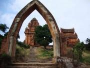 Nhà đẹp - Rực rỡ tháp Chăm Poklong Garai thành phố Phan Rang