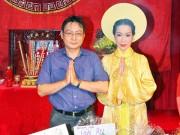 Làng sao - Chồng Trịnh Kim Chi tất bật giúp vợ cúng Tổ nghề