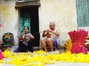 Mùa Trung thu thăm làng đèn Báo Đáp