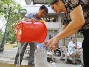 """Tin tức - Vỡ đường ống nước: Bao giờ bệnh viện hết """"khát""""?"""