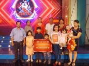 Tin tức giải trí - Gia Đình Tài Tử nâng giải thưởng và niềm vui cho các gia đình