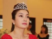 Làng sao - 4 Hoa hậu đợi mãi vẫn chưa có người kế nhiệm