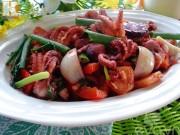 Bếp Eva - Bạch tuộc xào thập cẩm giúp cả nhà ngon cơm