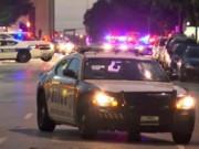 Tin tức - Mỹ: 2 tên bắn tỉa trúng 11 cảnh sát, 4 người thiệt mạng