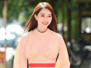 Thời trang - Hoa hậu Đặng Thu Thảo đẹp như thiên thần dưới nắng hè