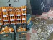 Tin tức - Những hình ảnh kinh hãi bên trong xưởng sản xuất nước ép hoa quả ở Ai Cập