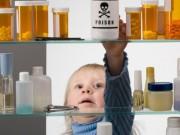Tin tức - Phụ huynh cần phải xem lại mình khi để trẻ hóc dị vật, uống nhầm hóa chất