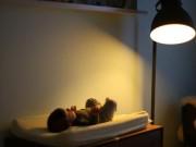 Làm mẹ - Tác hại giật mình của đèn ngủ với trẻ sơ sinh