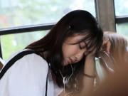 Clip Eva - Video: Cô gái đẹp như thiên thần hát trên xe bus