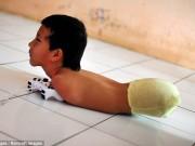 Tin tức - Câu chuyện cảm động về nghị lực sống của cậu bé 11 tuổi không chân không tay