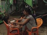 Tin tức - Trao nhầm con ở Bình Phước: Giải quyết thế nào để 2 bé không bị sốc tâm lý?