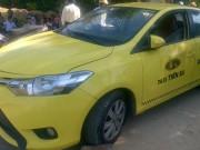 Phát hiện thi thể tài xế taxi với nhiều vết đâm, ví tiền bị lấy mất