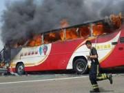Tin tức - Cháy xe du lịch ở Đài Loan, 26 hành khách thiệt mạng