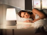 Sức khỏe - Mở đèn khi ngủ nguy hiểm như thế nào?