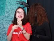 Xem & Đọc - Con gái Thanh Lam háo hức xem phim kinh dị